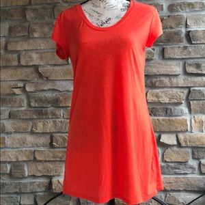 Athleta bright orange long short sleeve T-shirt